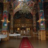 Interiorul bisericii Sfanta Vineri